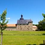 Bild: An der Wasserburg Zilly.