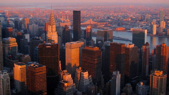 East Manhattan and Queens before sunset from the 102nd floor of the Empire State Building.