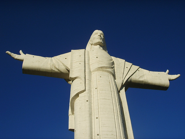 cristo de la concordia - alternatives to great sights
