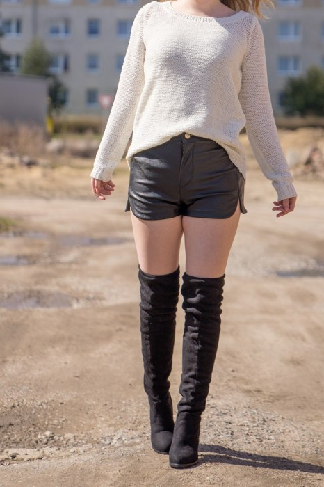 Overknee Stiefel Outfit Frühling 2