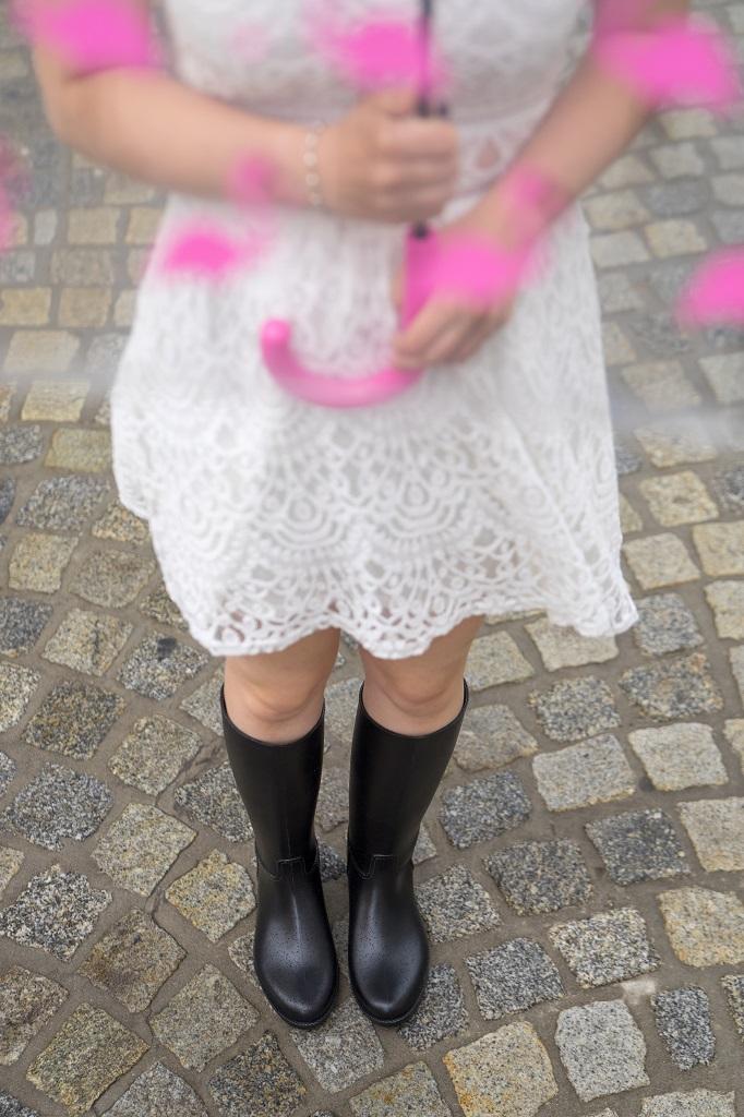 Meduse Gummistiefel Outfit Kleid 3