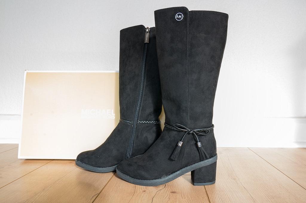 innovative design 66e56 c1c5e Schuhe in Untergrößen Teil 5 - Stiefel mit Absatz für kleine ...