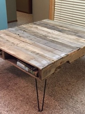hardwood pallet table
