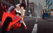 Tetsuo rouba e foge com moto de Kaneda