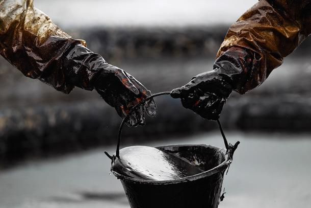 فاتورة النفط ترتفع 30 % خلال الربع الأول