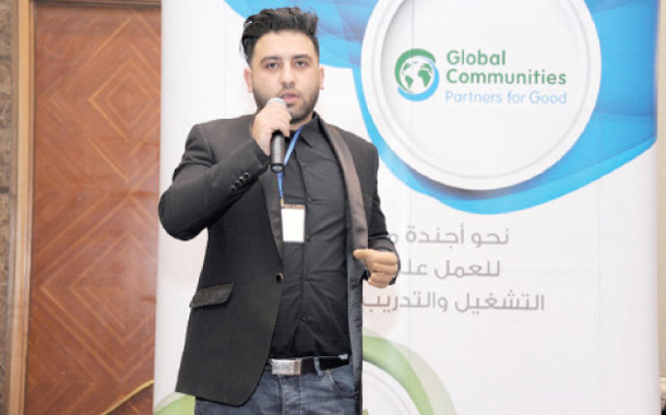 طاهر عصفور يروي قصة نجاحه خلال لقاء حواري نظمته منظمة مجتمعات عالمية ومنظمة شركاء للأفضل- (من المصدر)