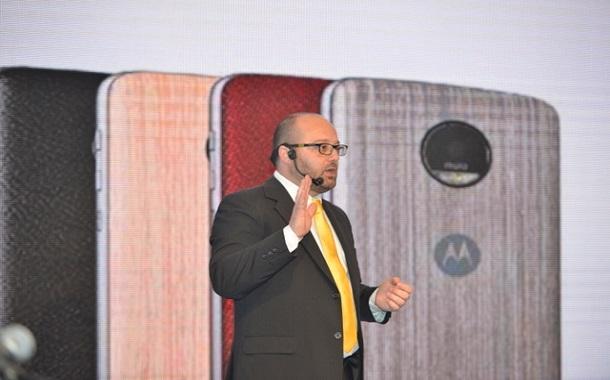 لينوفو تطلق هاتفها الثوري الجديد  Moto Z في الأردن