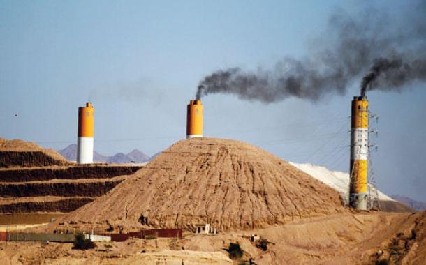 معامل الفوسفات في مدينة العقبة - (تصوير- محمد أبو غوش)