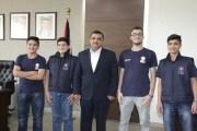 وزير الشباب يلتقي فريق يوريكا الحاصل على البطولة العربية للغواصات