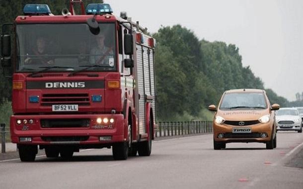 بريطانيا تسمح بتجريب السيارات ذاتية القيادة على الطرق العامة