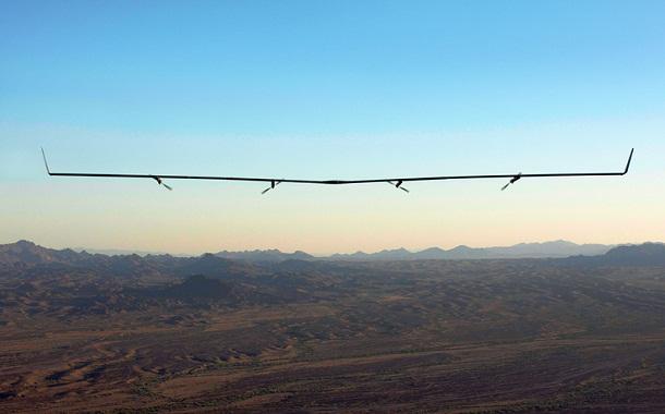 طائرة فيسبوك العاملة بالطاقة الشمسية تنجح بالهبوط للمرّة الأولى