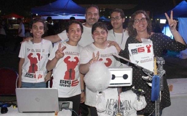 مخترعون مصريون صغار يبتكرون روبوتا يصنع