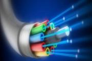 الألياف الضوئية ....استخدامات متعددة اهمها الاتصالات