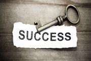 أوائل التوجيهي..... الجهد والمثابرة طريق الطالب إلى النجاح والتفوق