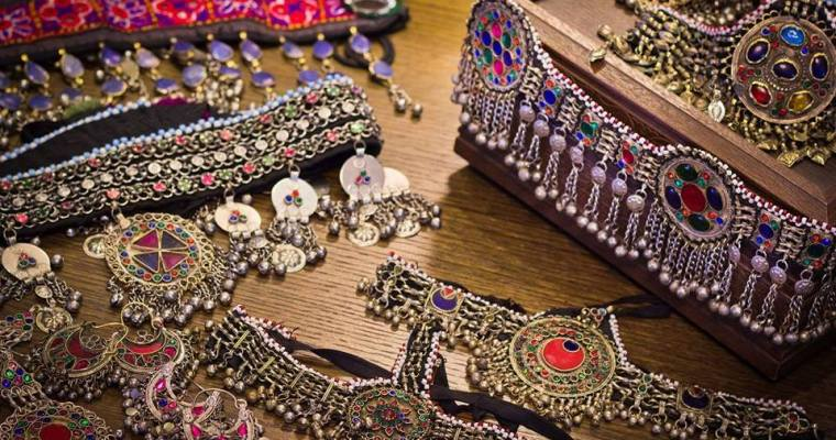 4 Best Online Stores to get Tribal Jewelry in Pakistan