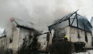 13.02.2021 Požár rodinného domu a kůlny