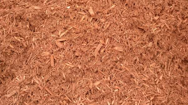 wood mulches and chip