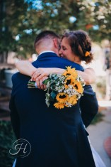 wedding photography Meridian Idaho Cox Farm wedding sunflower bridal bouquet