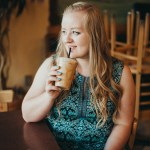 Senior pictures Nampa Idaho coffee shop senior photo inspiration