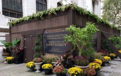 La «Souccah pour tous», construite par le mouvement Loubavitch sur la 5ème avenue, en plein centre de Manhattan