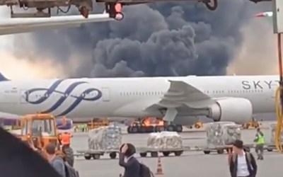 Russie: 41 morts après l'atterrissage d'urgence d'un avion en feu à Moscou