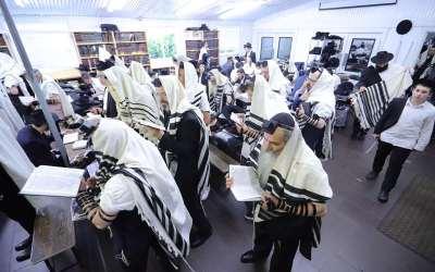 Guimel Tamouz 5779 : La Tefila de Cha'harit au Ohel jeudi matin