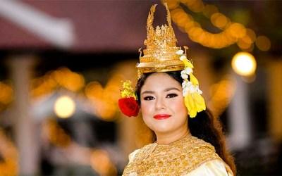 Elior Koroghli, arrière-petite-fille du roi du Cambodge, célèbre sa Bat Mitsva avec la famille royale