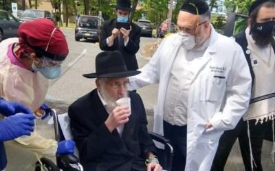 Le Rav Levi Goldstein, est sorti de l'hôpital mercredi après deux mois de bataille contre le coronavirus