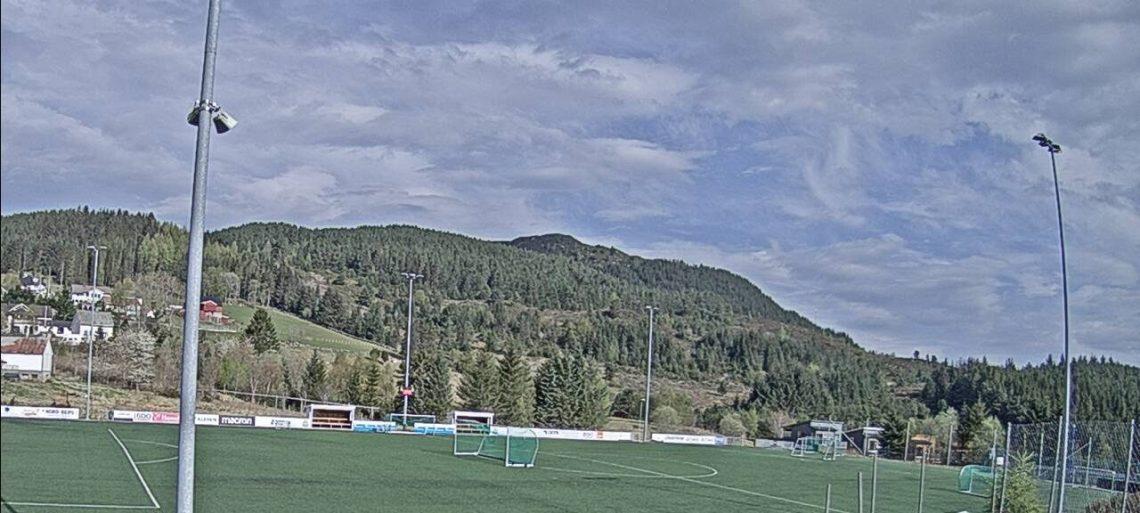Oversiktsbilete over Hasundgot stadion
