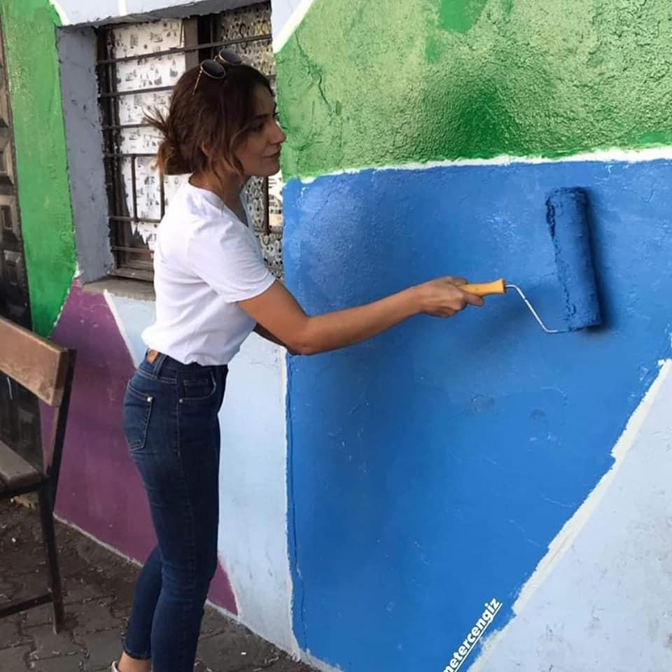 Öğretmenler okulu boyadı
