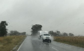 melbourne-mildura-driving-rain1