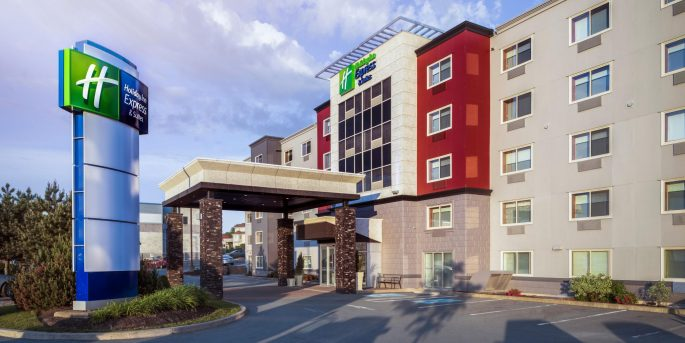 holiday-inn-express-and-suites-halifax-4563014152-2x1