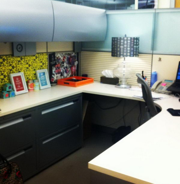 Decorating an office cubicle for Creative cubicle ideas