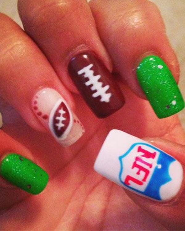 25 Cool Football Nail Art Designs