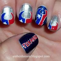 25 Cool Football Nail Art Designs - Hative
