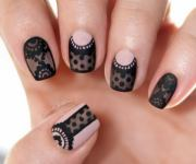 fashionable lace nail art design