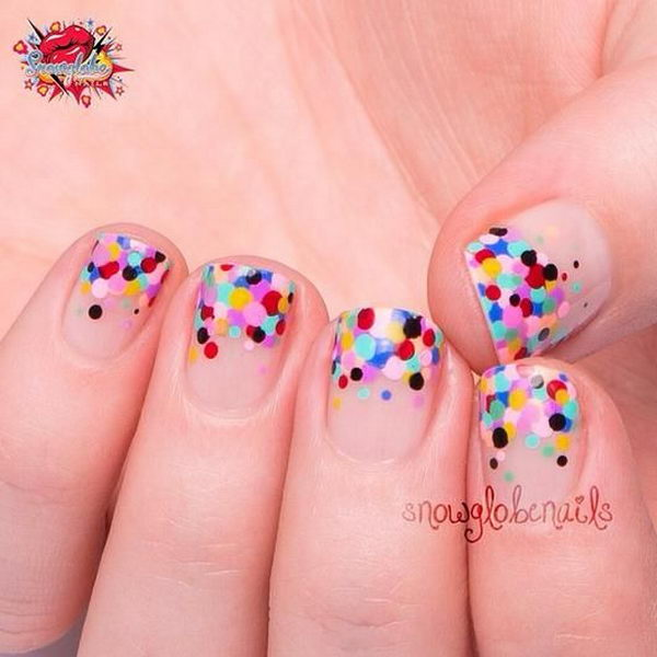 25 Cute Polka Dot Nail Designs