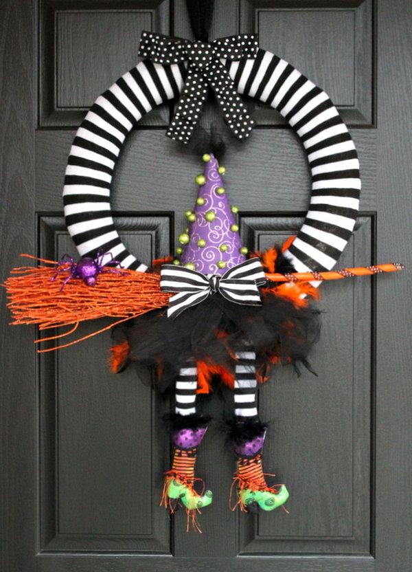 Cute DIY Witch Wreath Tutorials & Ideas For Halloween