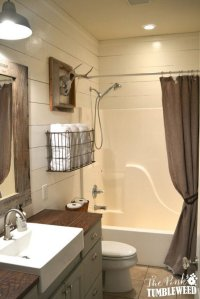 Rustic Farmhouse Bathroom Ideas