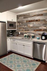 25+ Frugal and Creative Kitchen Backsplash DIY Projects ...
