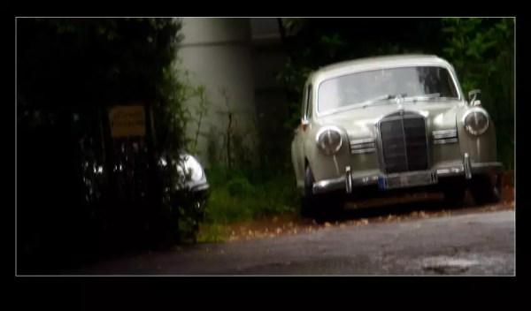 ... la vielle Mercedes 180D ... un souvenir d'enfance ;-)
