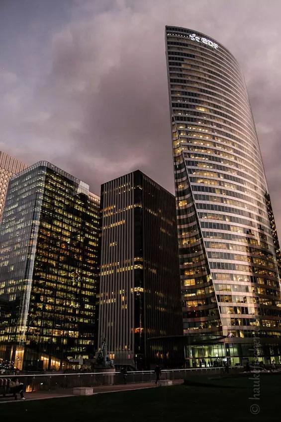 de la droite : les tours EDF, Atlantique et Opus 12
