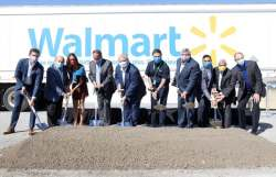 Wal-Mart Building 550,000-Square-Foot Distribution Center in Ontario