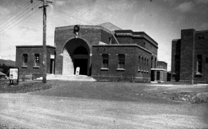 6_Playhouse-Townhall (1)