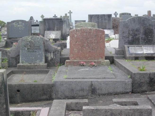 Hillsborough Cemetery 04