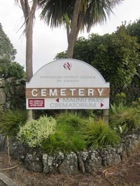 Maunu Cemetery 01
