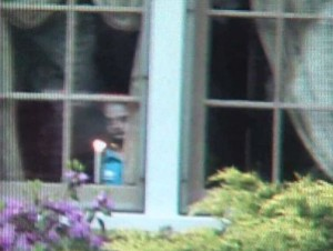 Real-Ghost-Pictures-spirit-appears-in-window