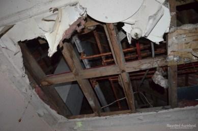 Maximum Security interior, hole in the roof
