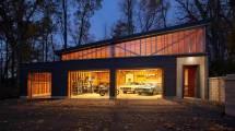 Vintage Modern Garage Haus Architecture