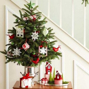 space-optimized-small-apartment-tabletop-christmas-tree-300x300